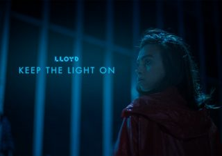 [Lloyd] Clipe – Keep the light on